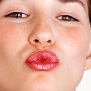 lips-77282943