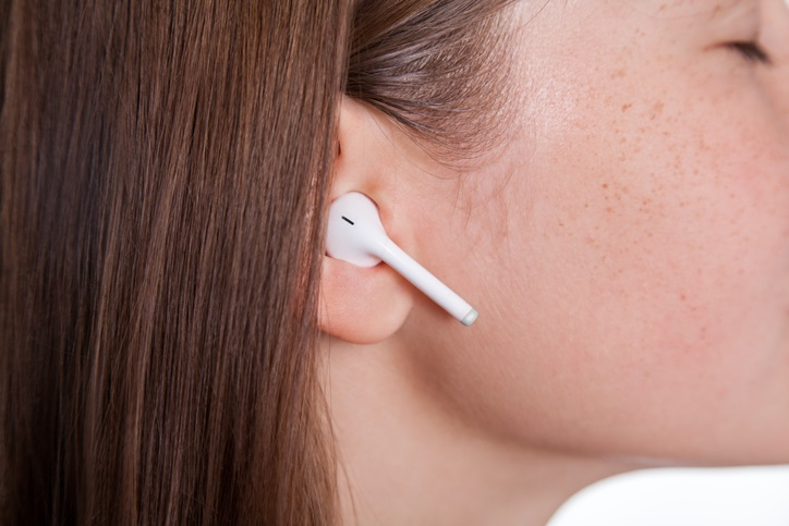Q&A: Can wearing earbuds increase my risk for an ear infection? - Health  Beat